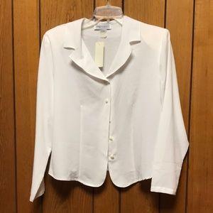 NWT Vintage Impressions buttondown blouse